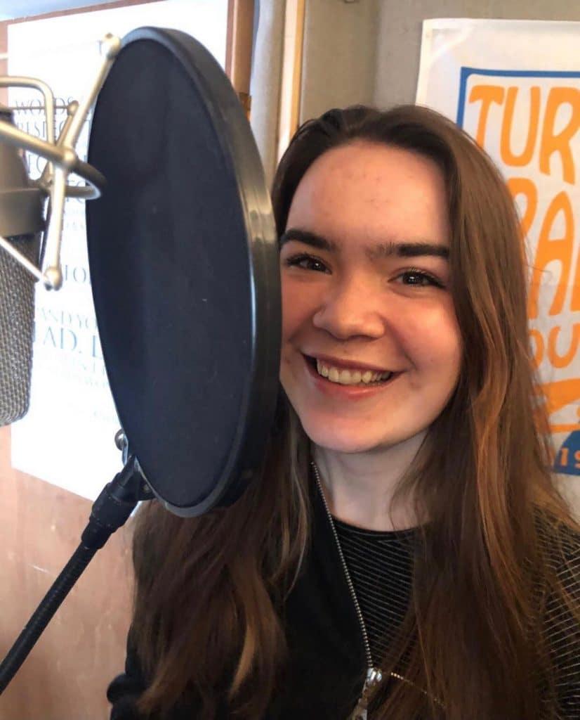 Teenage Voiceover Rosie Eustace